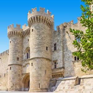 Het paleis van de grootmeester van de ridders van Rhodos in Rhodos-stad, Griekenland