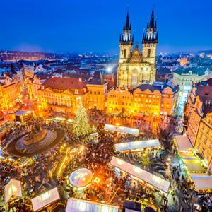 Oude Stadsplein met kerst in Praag