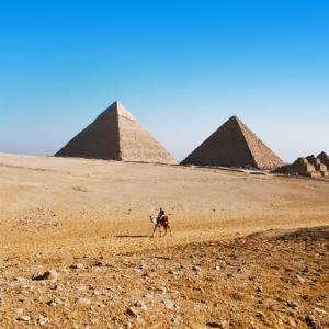 Woestijn en piramides Egypte