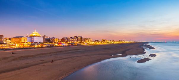 Sfeerfoto jaarwisseling strand Scheveningen